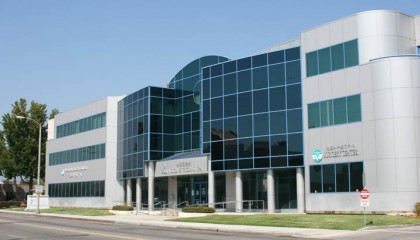 2-Advanced-Diagnostic-Surgical-Center2-420x240